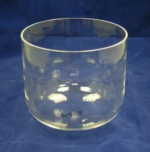 tigela de cristal transparente